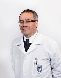 Luis Martínez Funcionario Farmacia